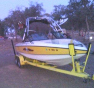 Used Ski Centurion Boats For Sale by owner | 2003 21 foot Ski Centurion Air Warrior Elite V Drive