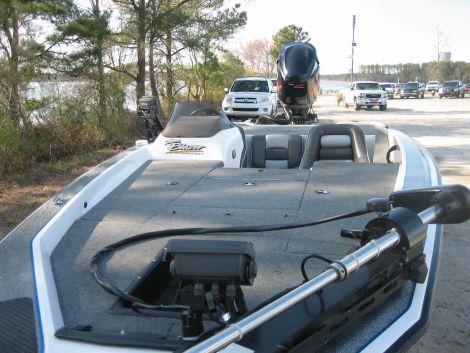 Used Fishing boats For Sale in Greensboro, North Carolina by owner   2000 Blazer 202 pro v BLAZER 202