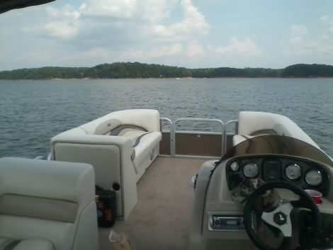Used Power boats For Sale in Lynchburg, Virginia by owner   2012 22 foot Godrey Group Sweetwater