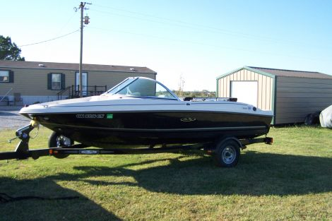 Used Sea Ray Boats For Sale in Oklahoma by owner | 2007 Sea Ray 175 Sport