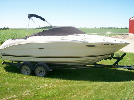 Used Sea Ray Weekender Boats For Sale by owner | 2004 Sea Ray  225 Weekender