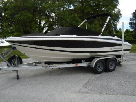 Used Regal 2000 Boats For Sale by owner   2004 Regal 2000 Bowrider