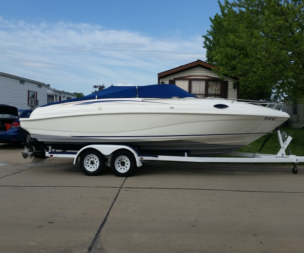 Used Rinker Boats For Sale in Michigan by owner | 1997 232 foot Rinker Captiva