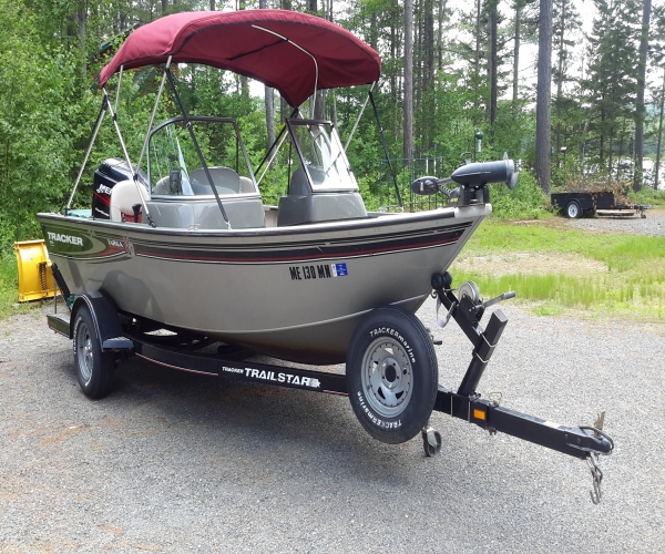 Used Power boats For Sale in Maine by owner | 2004 17 foot Tracker Targa Sport