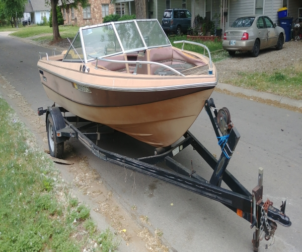 Used Ski Boats For Sale by owner | 1979 18 foot Mercruiser V