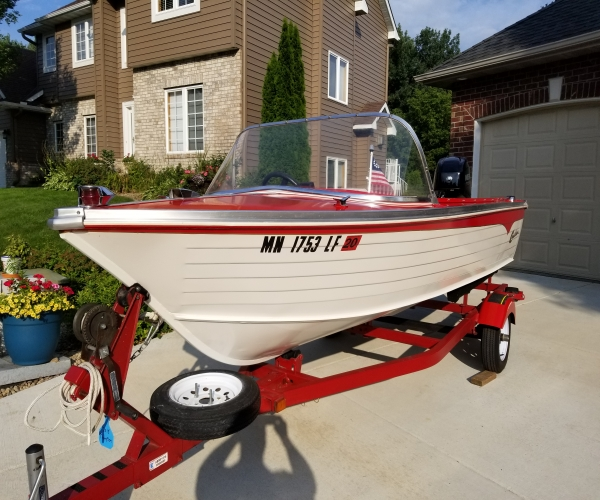 Used Small boats For Sale by owner | 1971 14 foot Crestliner Sea Scout