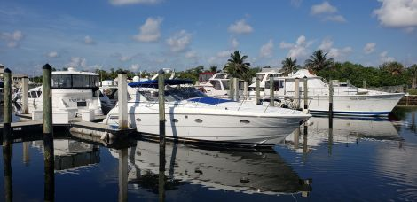 Used Trojan Boats For Sale by owner | 2001 Trojan 440 Express Cruiser