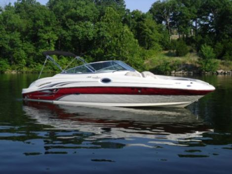 Used Motoryachts For Sale in Killeen, Texas by owner | 2004 SeaRay 270 Sundeck