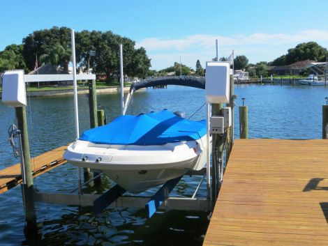 New Bennington Boats For Sale in Florida by owner | 2004 Bennington RL210