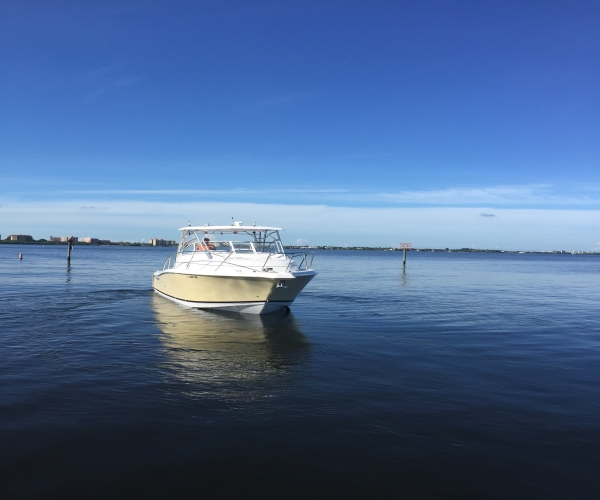 Used Power boats For Sale in Connecticut by owner   2006 Pro-Line 32 Express