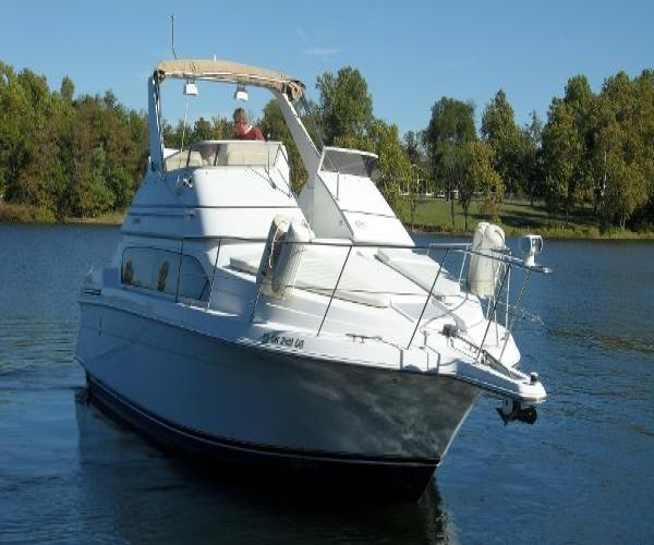 Used Carver Boats For Sale in California by owner | 2000 33 foot Carver Carver