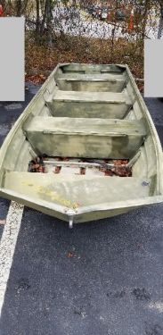 Used Boats For Sale in Columbia, South Carolina by owner   1992 15 foot Duracraft Small Boat