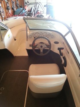 Used Bayliner Boats For Sale in Michigan by owner   2010 175 foot Bayliner Mercruiser