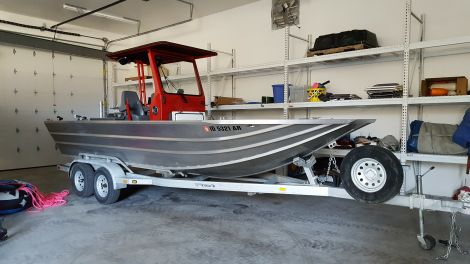 Used Fishing boats For Sale by owner | 2008 HCM  HELLS CANYON MARINE  22FT CENTER CONSOLE SLED