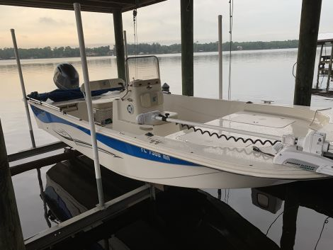 Used Power boats For Sale by owner | 2017 Carolina Skiff 218 DLV