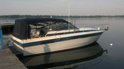 Used Chris Craft Power boats For Sale in Buffalo, New York by owner | 1984 Chris Craft 332 Commander
