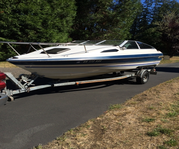 Used Power boats For Sale in Oregon by owner | 1984 18 foot Bayliner Cuddy Cabin