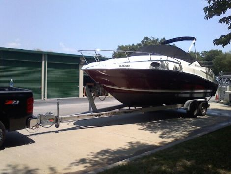 Used Sea Ray Power boats For Sale in Columbia, South Carolina by owner | 2006 SeaRay 240 Sundancer