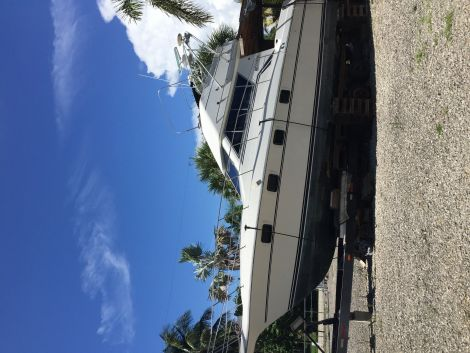 Used CRUISERS Boats For Sale in North Port, Florida by owner | 1991 CRUISERS 3300