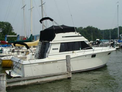 Used Carver 3227 Boats For Sale by owner | 1984 Carver 3227