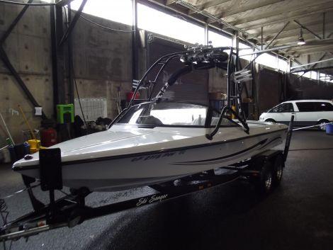 Used SANGER Boats For Sale by owner   2002 20 foot sanger DX II