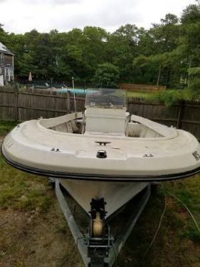 Used Ski Boats For Sale in Massachusetts by owner | 1976 20 foot DUSKY center console