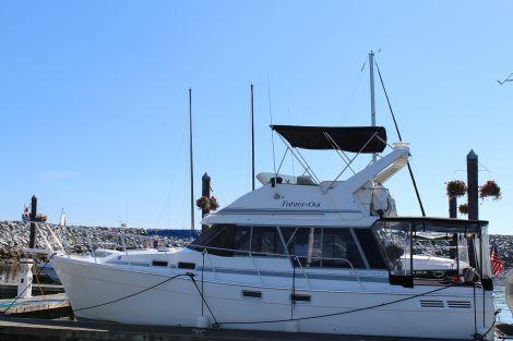 Used Bayliner Boats For Sale in Washington by owner | 1989 32 foot Bayliner Motoryacht