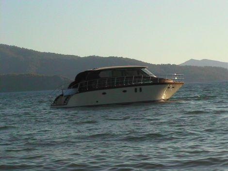 Used Motoryachts For Sale by owner   2007 51 foot JRM Marine motoryacht