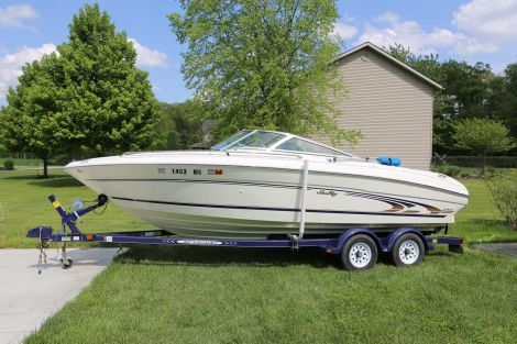Used Boats For Sale in Indiana by owner | 1997 Sea Ray 210