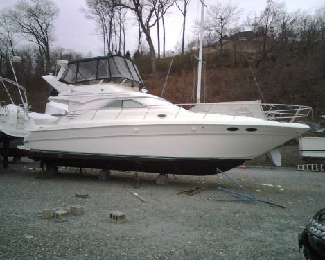 Used Boats For Sale in New York by owner | 2000 Sea Ray 400 Sedan Bridge