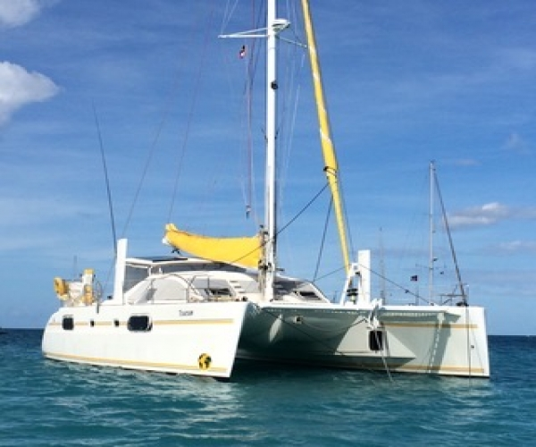 Used Sailboats For Sale by owner   2001 Catana 431