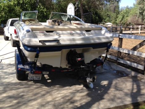 Used Boats For Sale in Fresno, California by owner | 2001 Sea Ray 210 Signature Series