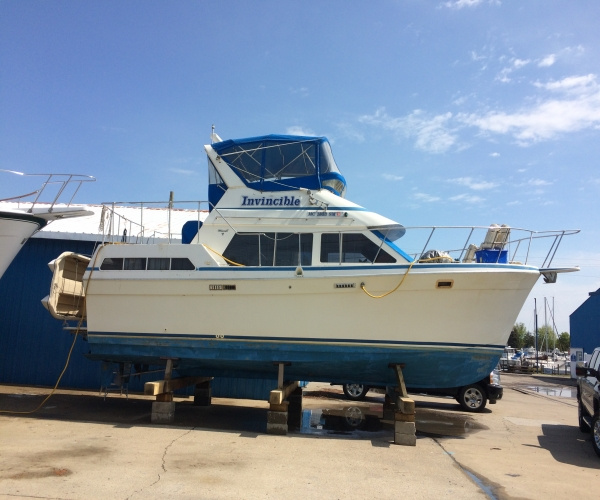 Used Motoryachts For Sale by owner | 1990 39 foot Tollycraft Sun deck Cruiser