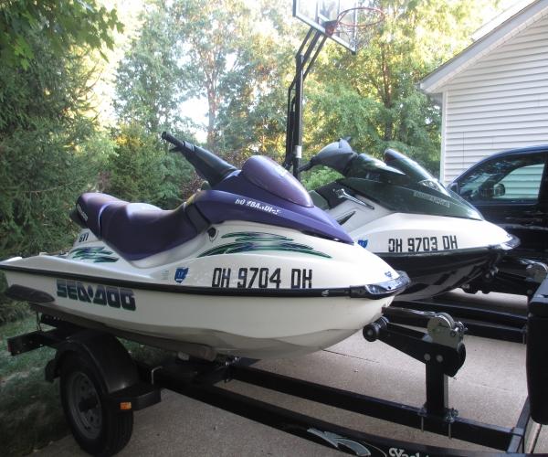 Used Sea-Doo PWCs For Sale by owner   2002 7 foot Sea-Doo GTX-Di & GTI
