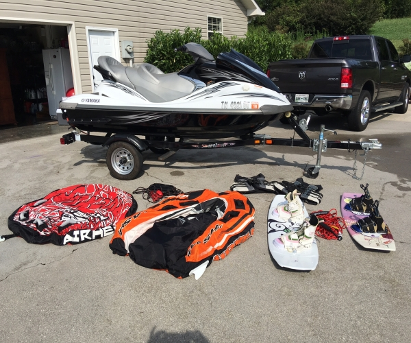 Used Yamaha PWCs For Sale by owner | 2008 13 foot Yamaha Wave runner FX Cruiser