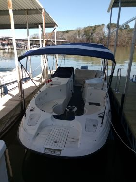 Used Deck Boats For Sale by owner | 2001 Cobia 256 Coastal Deck