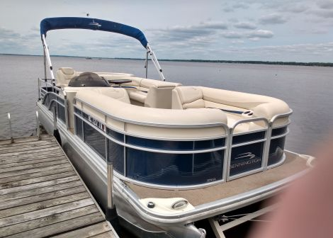 Used Bennington Boats For Sale in Michigan by owner | 2013 Bennington 2274 GL