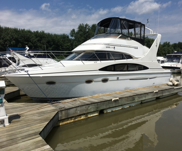 Used Carver Boats For Sale by owner | 2002 Carver 410 Sports Sedan
