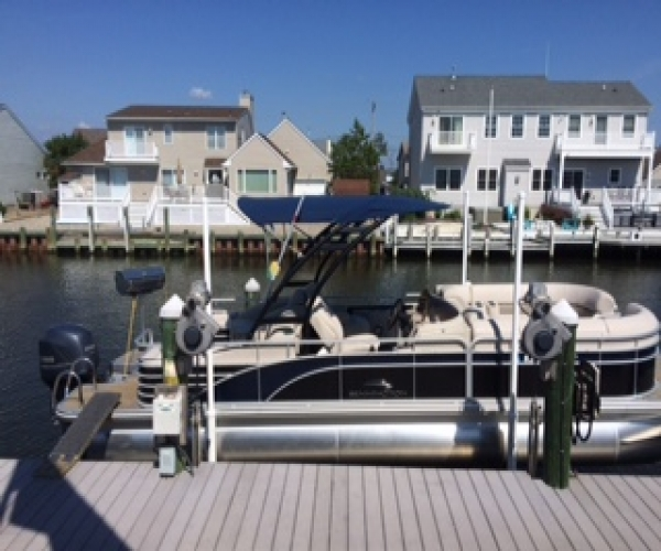 Used Bennington Boats For Sale by owner | 2014 Bennington 2375 GCW Arch