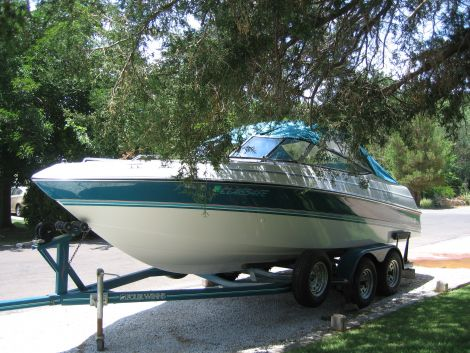 Used Power boats For Sale in El Paso, Texas by owner | 1993 Four Winns Horizon210