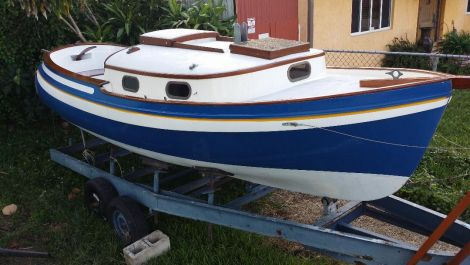 Used Sailboats For Sale by owner | 1961 18 foot Pearson overnighter