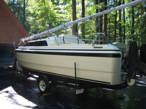 Used MacGregor Boats For Sale by owner   1977 MacGregor 26X