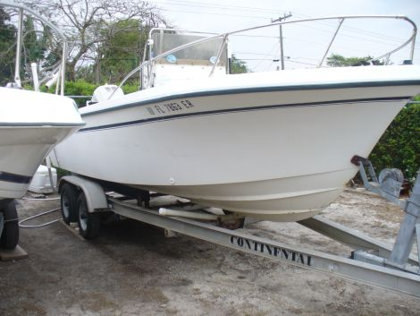 Used Grady-White Boats For Sale in Port St. Lucie, Florida by owner | 1986 20 foot Grady-White center console