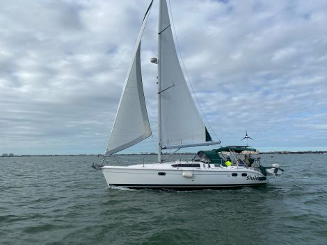 Used Sailboats For Sale by owner | 2000 Hunter 380