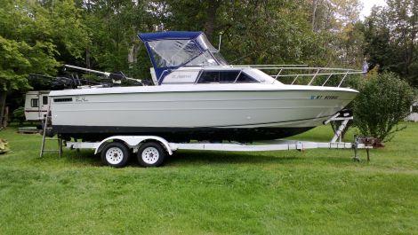 Used Penn yan Fishing boats For Sale in Syracuse, New York by owner   1989 Penn Yan 257 Aggressor