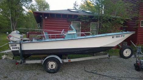 New Boston Whaler custom Boats For Sale by owner | 1972 17 foot boston whaler custom