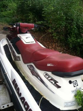 Used Seadoo PWCs For Sale by owner | 1998 10 foot Seadoo Bombardier GTX