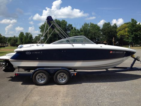 Used Power boats For Sale in Fort Smith, Arkansas by owner | 2010 Cobalt 210