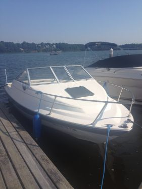 New Ski Boats For Sale in Massachusetts by owner | 1994 19 foot Bayliner cuddy cabin