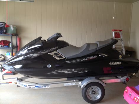 Used Yamaha PWCs For Sale by owner | 2013 12 foot Yamaha Waverunner FXSHO Supercharged